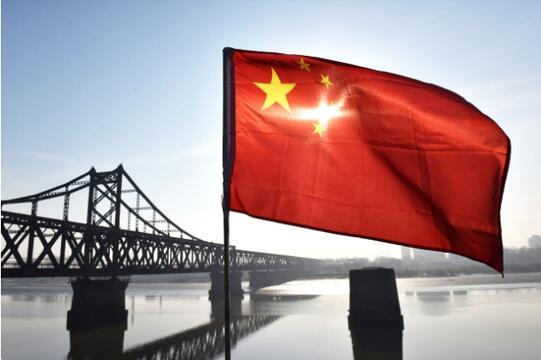 巴伦周刊:A股今年远胜标普500 贝莱德也看好中国股市