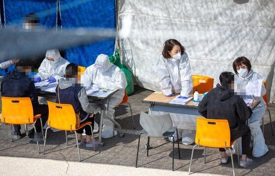 韩国连续3天新增确诊30例以上 一名中国男性确诊